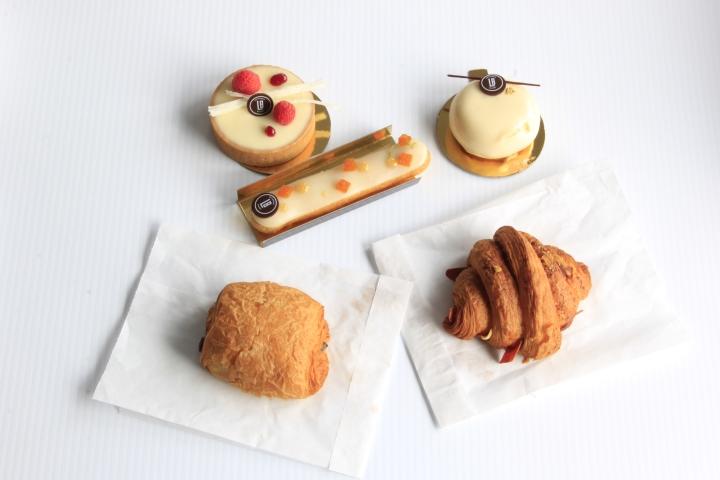 La Boule Patisserie & BakeryInc.
