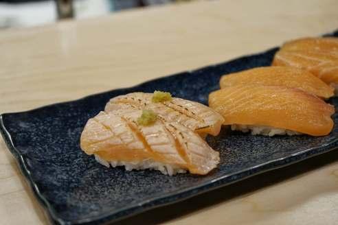 aburi salmon toro $4/ea